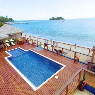 Vanuatu Beachfront Apartments Pool